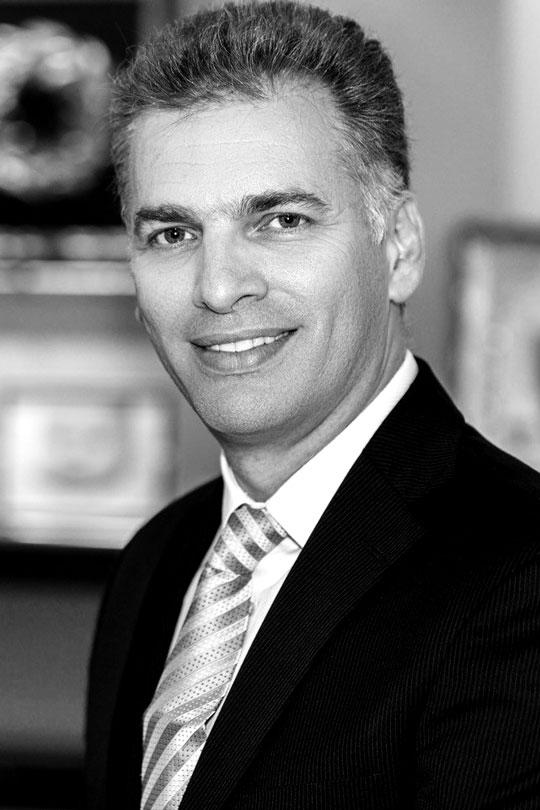 Δρ. Δημήτρης Τέντης - Πλαστικός Χειρούργος